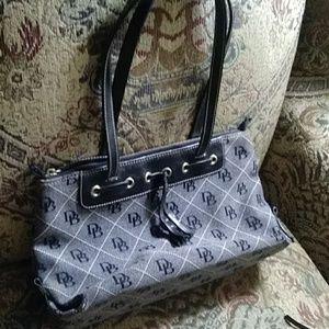 Dooney&Bourke purse w/ matching wristlet!